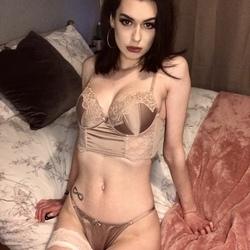 Valentina Blunt